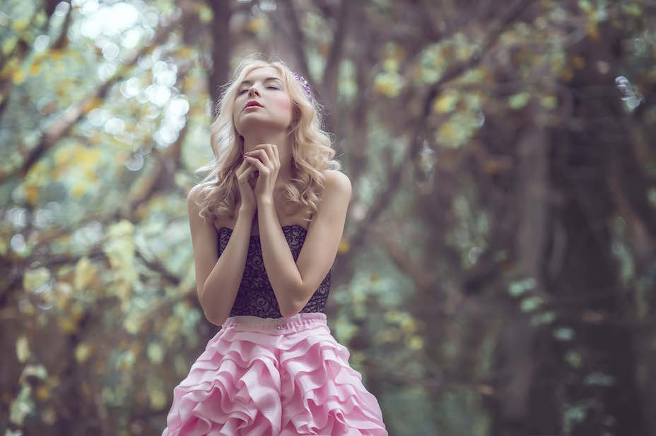 Here's 3 simple steps to help you reflect, make some lasting changes in your life, and to manifest your dreams.